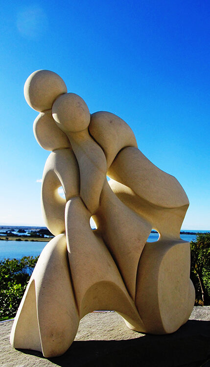 'Unity', sculpture by Ruth Killoran